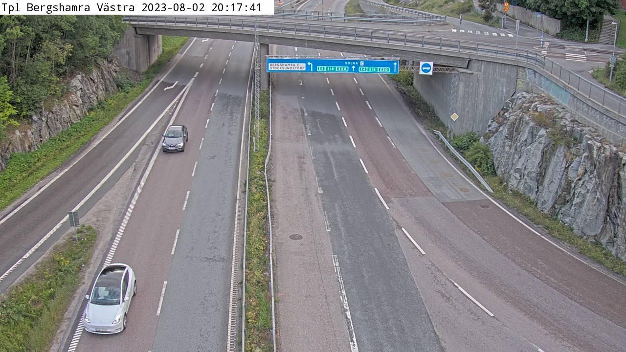 Trafikkamera - Trafikplats Bergshamra västra